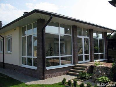 Дома с витражными окнами фото