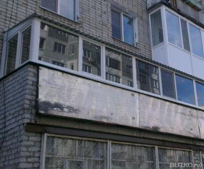 Остекление балкона + крыша на 5 этаже от компании балкон под.